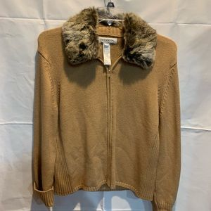 Jones New York faux fur collar sweater